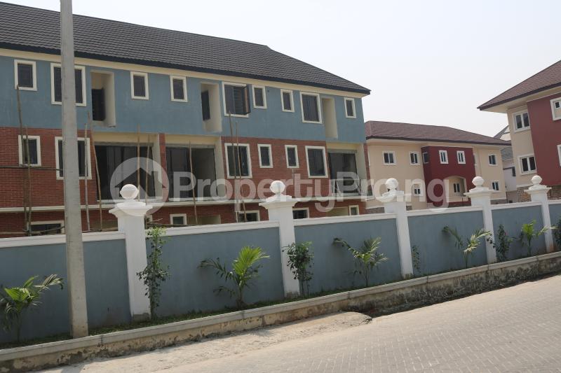 4 bedroom Terraced Duplex House for sale Osapa london Lekki Lagos - 2