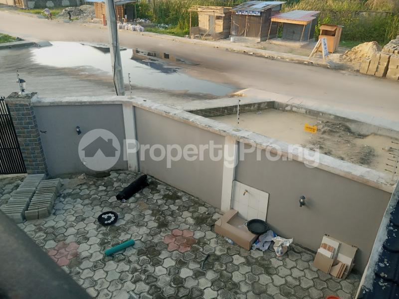 4 bedroom Semi Detached Duplex House for rent Off mobile road Ilaje Ajah Lagos - 3