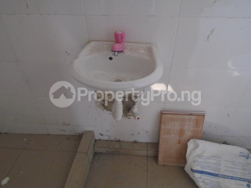 1 bedroom Mini flat for rent Off Western Avenue, Alaka Estate Surulere Lagos - 9