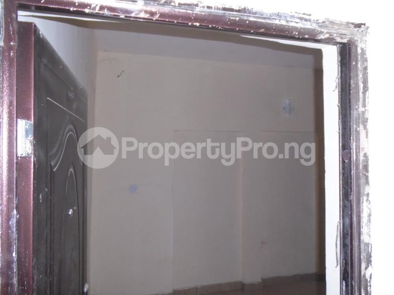 1 bedroom Self Contain for rent Off Western Avenue, Alaka Estate Surulere Lagos - 0