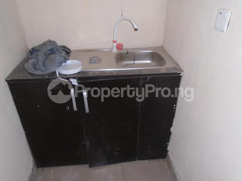1 bedroom Self Contain for rent Off Western Avenue, Alaka Estate Surulere Lagos - 2