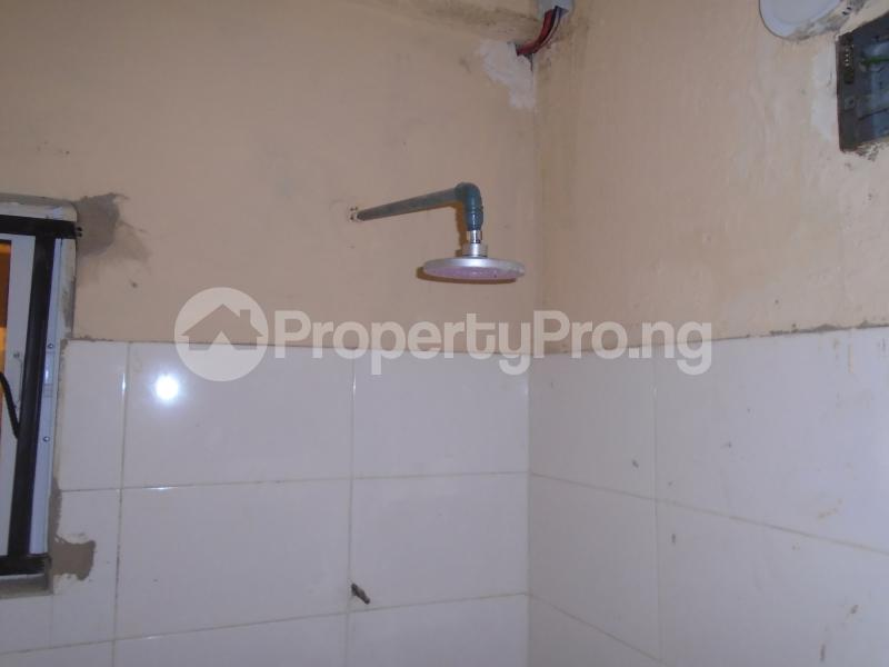 1 bedroom Self Contain for rent Off Western Avenue, Alaka Estate Surulere Lagos - 3