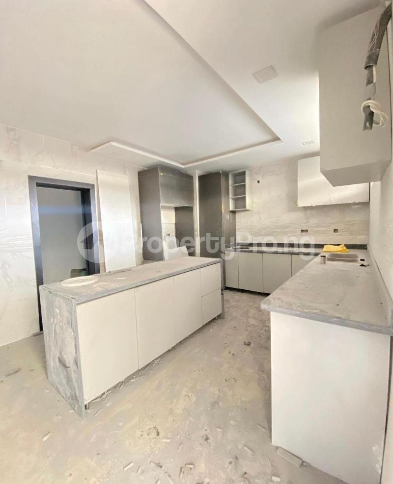 4 bedroom Terraced Duplex for sale Lekki Phase 1 Lekki Lagos - 4