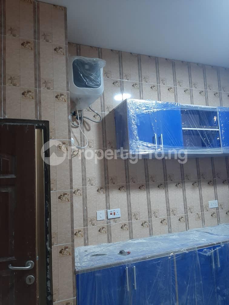 3 bedroom Flat / Apartment for rent Oyadiran estate  Sabo Yaba Lagos - 10