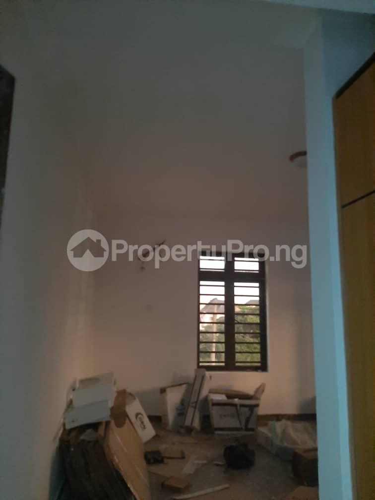 3 bedroom Flat / Apartment for rent Oyadiran estate  Sabo Yaba Lagos - 11