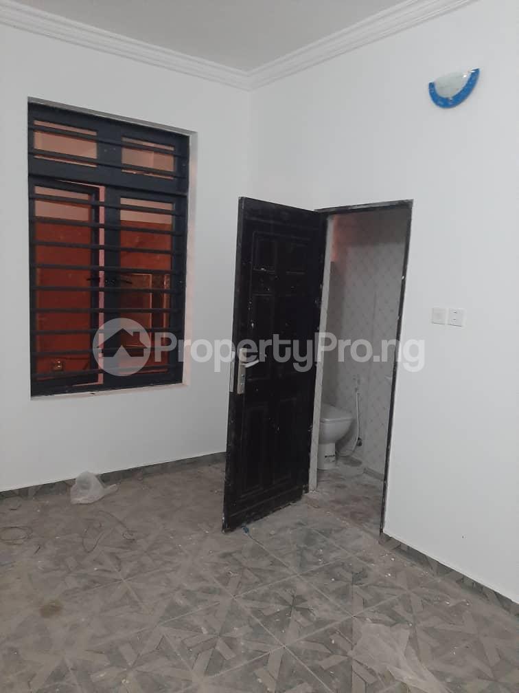 3 bedroom Flat / Apartment for rent Oyadiran estate  Sabo Yaba Lagos - 24