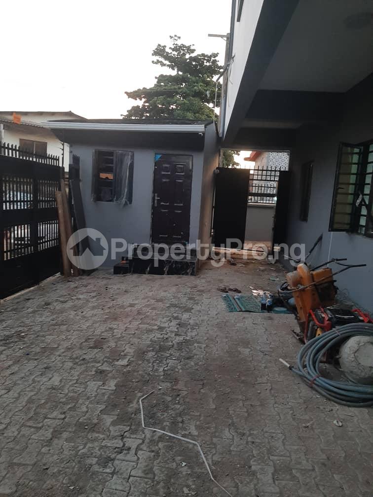 3 bedroom Flat / Apartment for rent Oyadiran estate  Sabo Yaba Lagos - 21