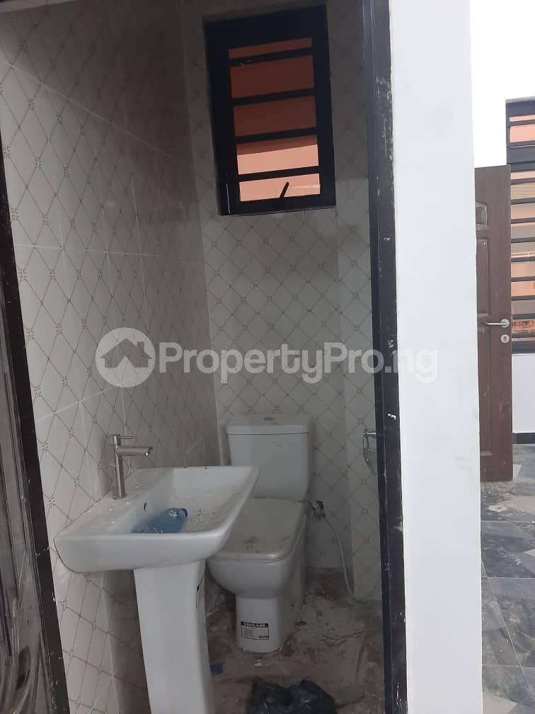 3 bedroom Flat / Apartment for rent Oyadiran estate  Sabo Yaba Lagos - 12