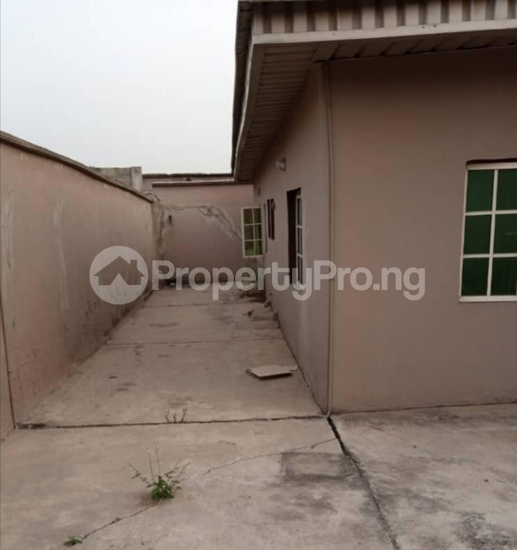 6 bedroom Detached Bungalow House for sale off Emmanuel Keshi Magodo GRA Phase 2 Kosofe/Ikosi Lagos - 2