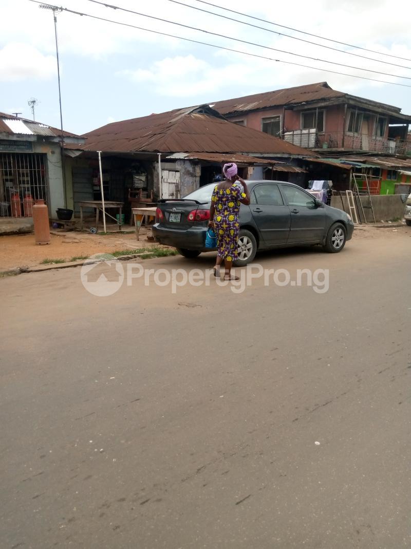 1 bedroom House for sale Itire Road Mushin Mushin Lagos - 0