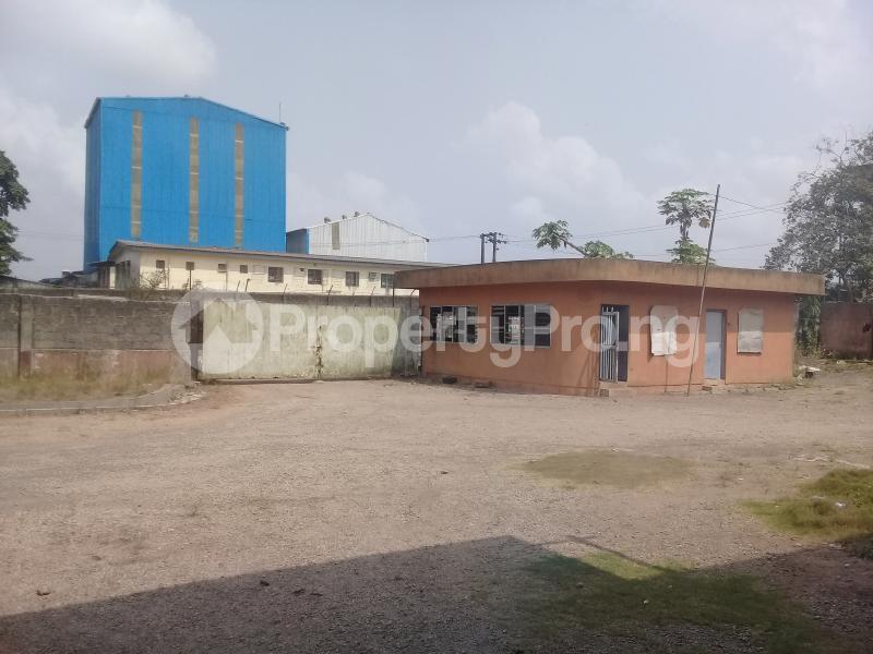 Warehouse Commercial Property for rent Ogun State Housing Estate before Winner Church Ota  Obasanjo Farm Ado Odo/Ota Ogun - 4
