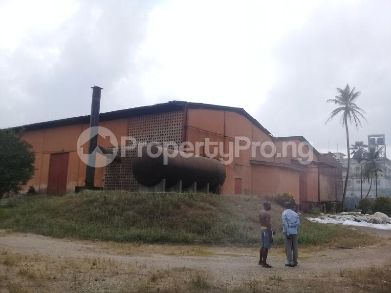 Warehouse Commercial Property for rent Ogun State Housing Estate before Winner Church Ota  Obasanjo Farm Ado Odo/Ota Ogun - 2
