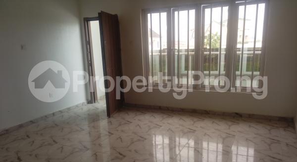 4 bedroom Semi Detached Duplex House for sale White Oak Estate,  Ologolo Lekki Lagos - 11