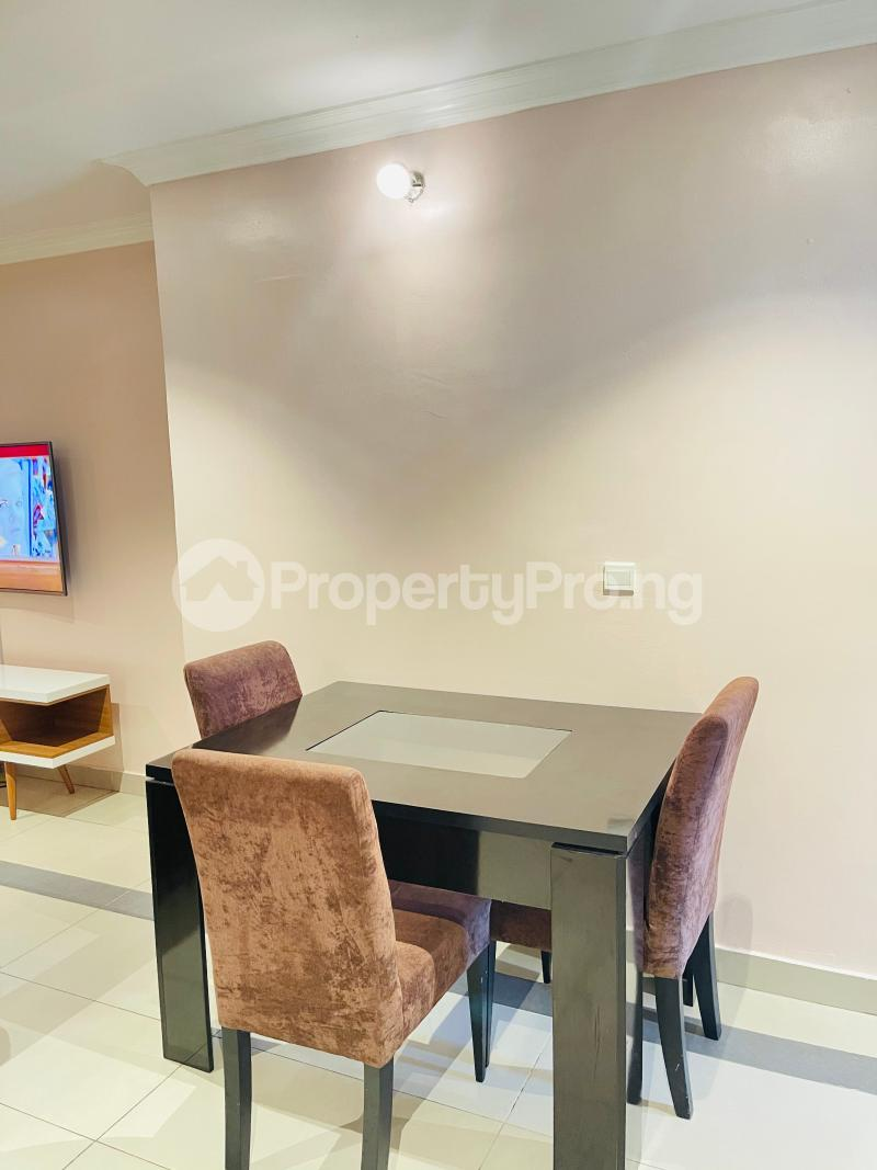 2 bedroom Flat / Apartment for shortlet Dideolu Estate  ONIRU Victoria Island Lagos - 4