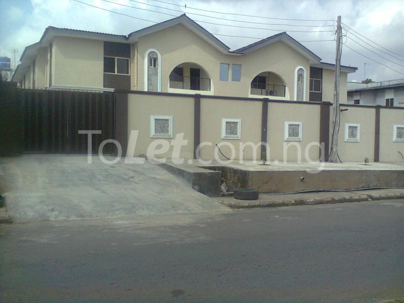 4 bedroom Flat / Apartment for shortlet Adetoro Adelaja Street Magodo GRA Phase 2 Kosofe/Ikosi Lagos - 0
