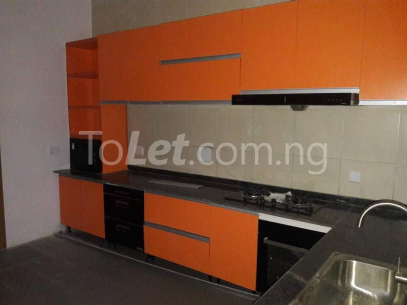 3 bedroom House for rent Located Inside Lekki Paradise Estate At Chevron Drive After Ebano Supermarket chevron Lekki Lagos - 8