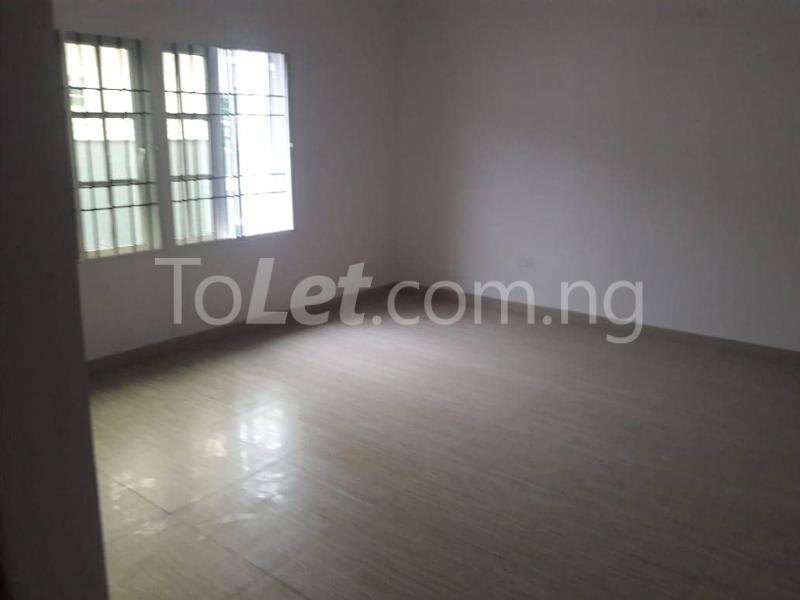 3 bedroom House for rent Located Inside Lekki Paradise Estate At Chevron Drive After Ebano Supermarket chevron Lekki Lagos - 2