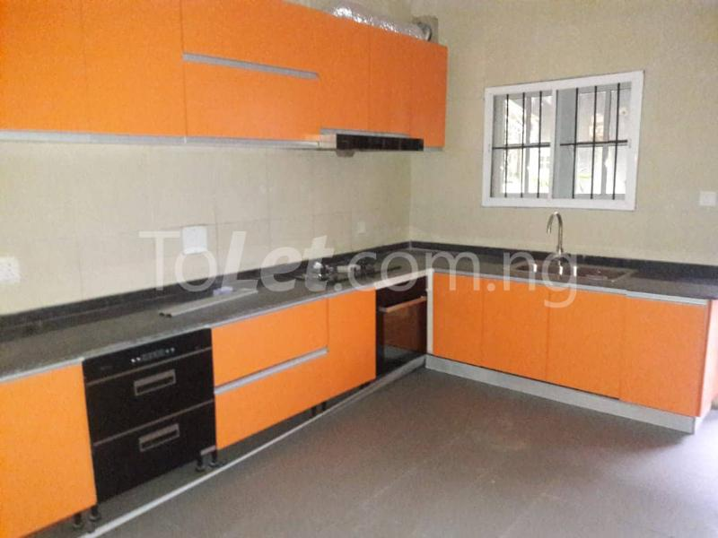 3 bedroom House for rent Located Inside Lekki Paradise Estate At Chevron Drive After Ebano Supermarket chevron Lekki Lagos - 6