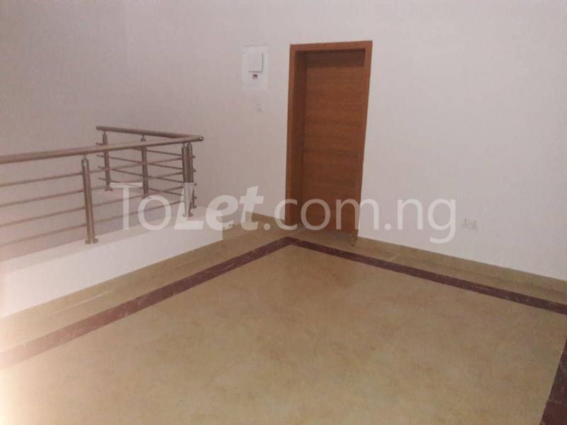 3 bedroom House for rent Located Inside Lekki Paradise Estate At Chevron Drive After Ebano Supermarket chevron Lekki Lagos - 7