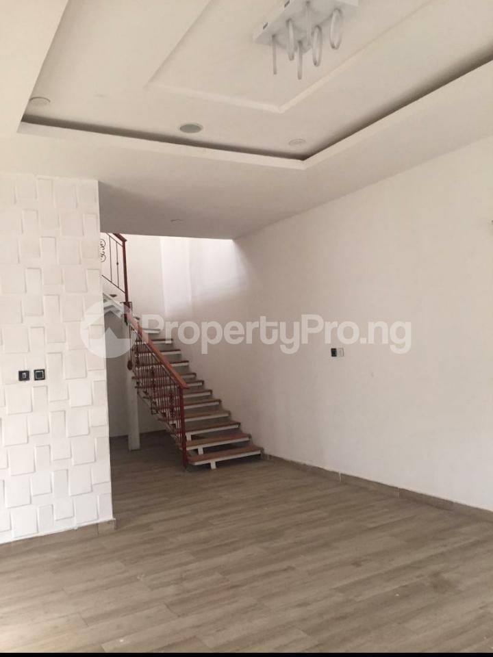 4 bedroom Semi Detached Duplex House for sale chevron Lekki Lagos - 9