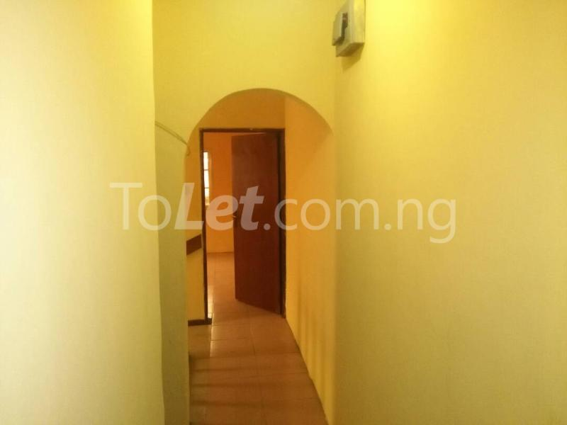 2 bedroom House for rent Akinwunmi street Mende Maryland Lagos - 7