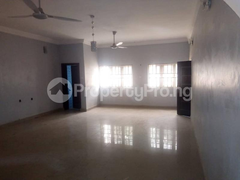 2 bedroom Mini flat Flat / Apartment for rent Aduvie area in jahi Jahi Abuja - 11