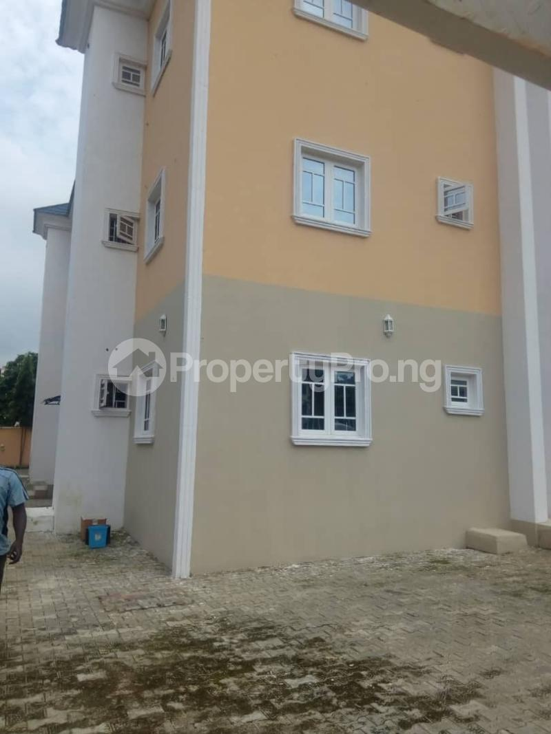 2 bedroom Mini flat Flat / Apartment for rent Aduvie area in jahi Jahi Abuja - 3