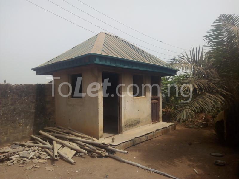 3 bedroom Flat / Apartment for sale Hiltop Estate  Ipaja Lagos - 3