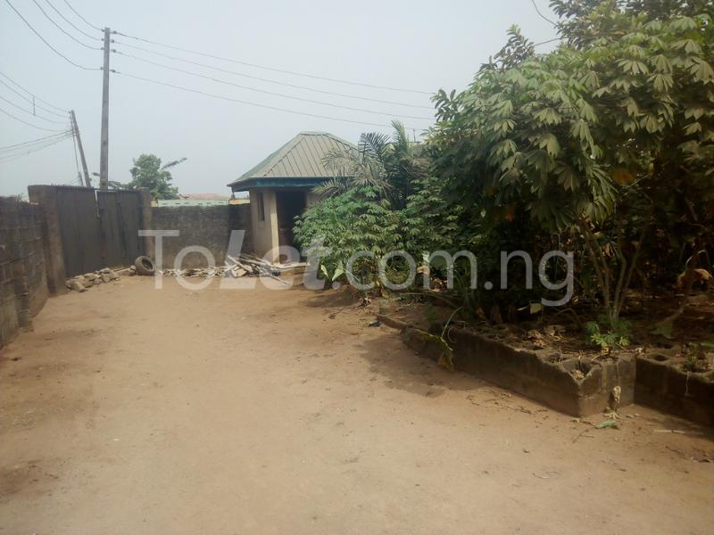 3 bedroom Flat / Apartment for sale Hiltop Estate  Ipaja Lagos - 2