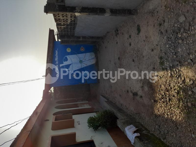 3 bedroom Detached Bungalow House for sale Kingdom Street, Lowcost, Kwamba Suleja Niger - 3