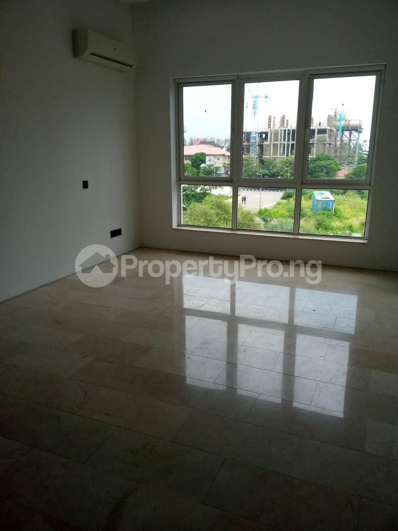 Penthouse for rent 3rd Ave Banana Island Ikoyi Lagos - 5
