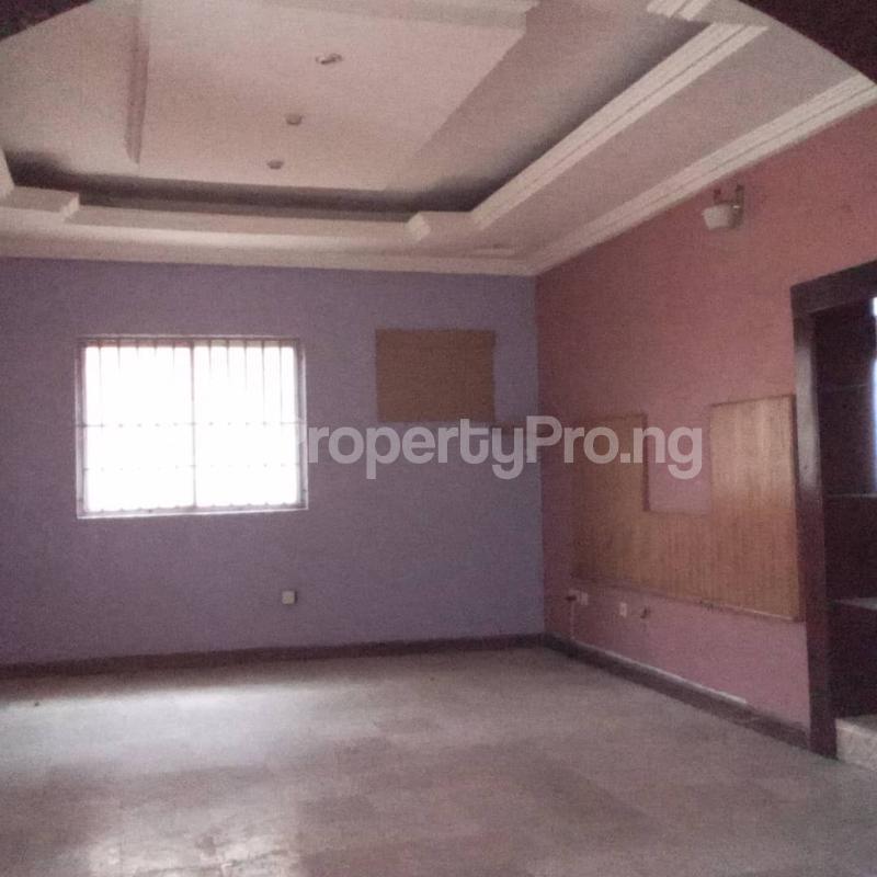 6 bedroom Detached Duplex House for rent Community road, Akoka Yaba Lagos - 1