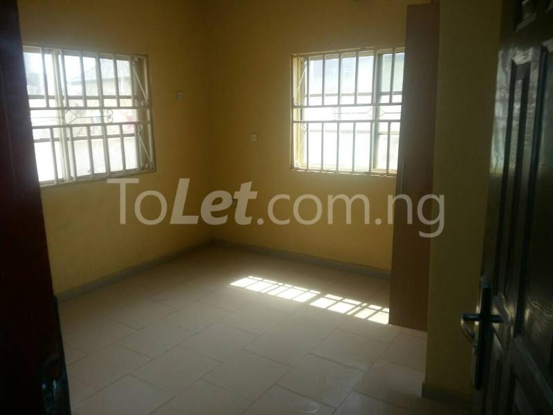 3 bedroom Detached Bungalow House for sale Cowries Estate Lugbe Abuja - 6