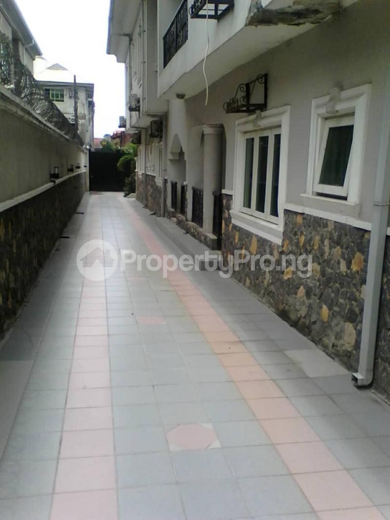 3 bedroom Flat / Apartment for rent Parkview estate Ago palace way. Okota Ago palace Okota Lagos - 0