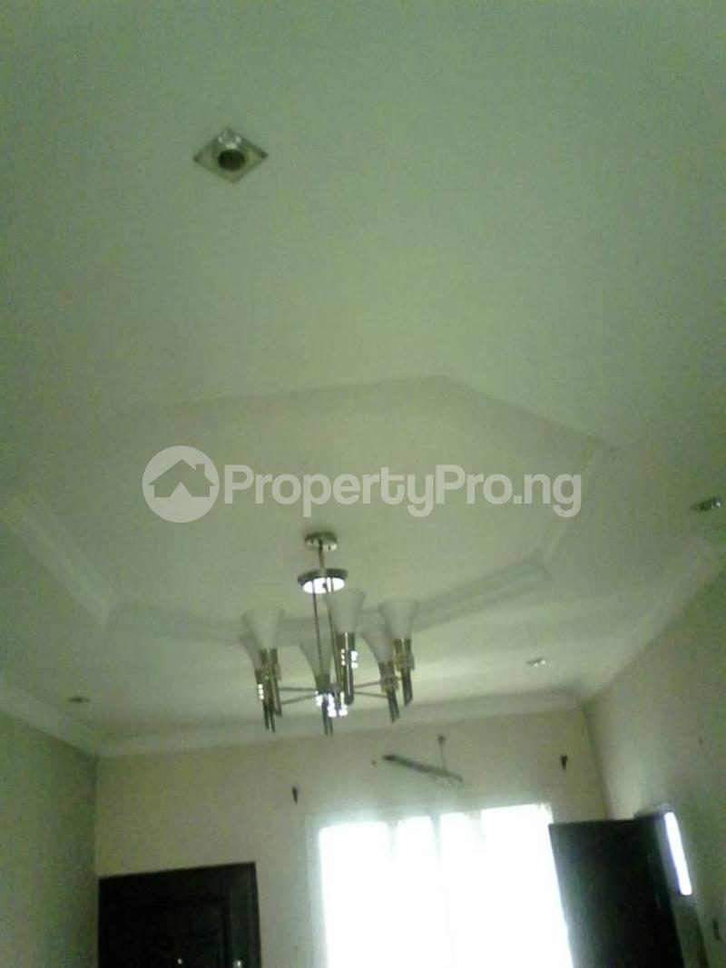 3 bedroom Flat / Apartment for rent Parkview estate Ago palace way. Okota Ago palace Okota Lagos - 2