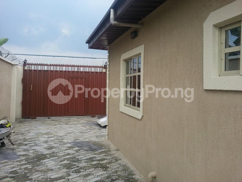 6 bedroom Blocks of Flats House for sale Rumolumeni Port Harcourt Rivers - 0