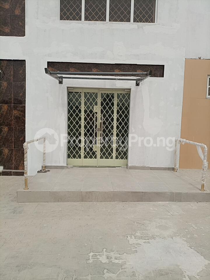 Office Space for rent Along Alaafin Road Oluyole Estate Ibadan Oyo - 6