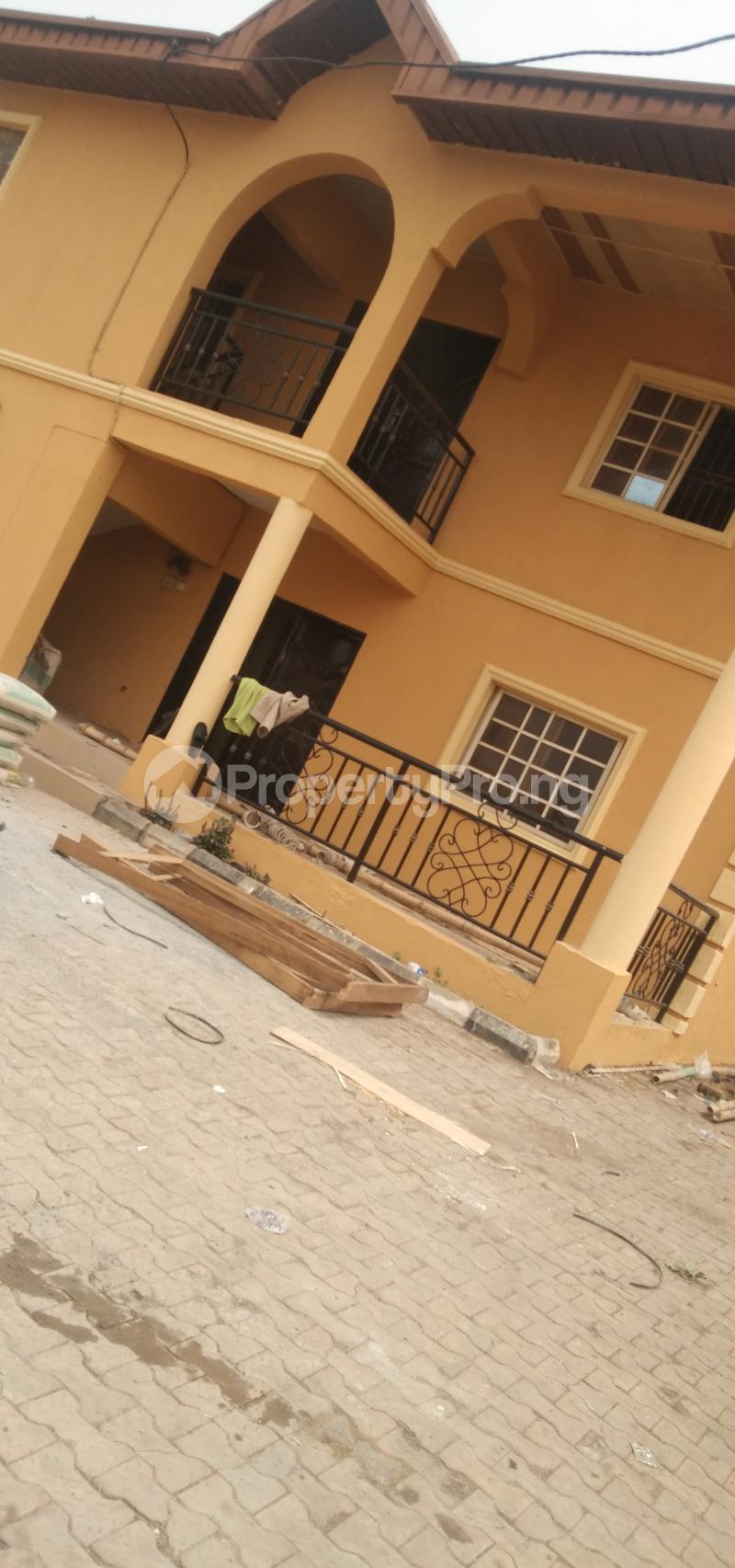 9 bedroom Hotel/Guest House Commercial Property for sale Oluwo Estate Opposite Funaab Gate Campus, Abeokuta. Asero Abeokuta Ogun - 0