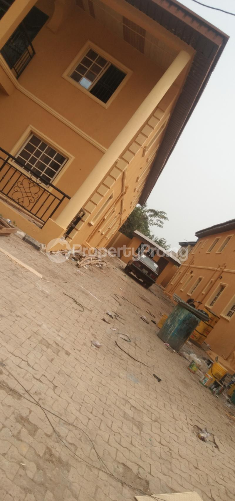 9 bedroom Hotel/Guest House Commercial Property for sale Oluwo Estate Opposite Funaab Gate Campus, Abeokuta. Asero Abeokuta Ogun - 7