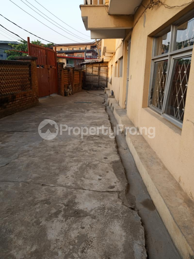 1 bedroom mini flat  Mini flat Flat / Apartment for rent   Akoka Yaba Lagos - 5