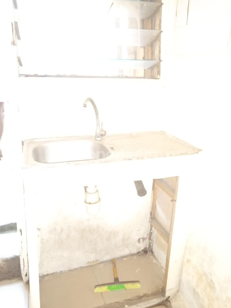 1 bedroom mini flat  Mini flat Flat / Apartment for rent   Akoka Yaba Lagos - 2