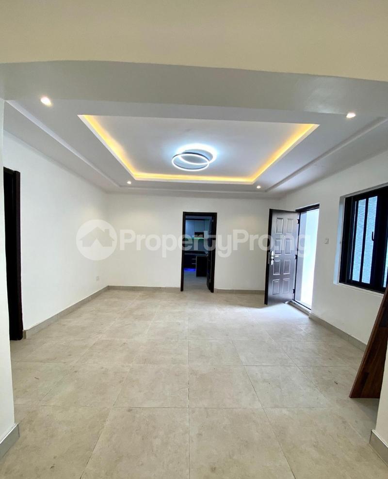 4 bedroom Detached Duplex House for sale chevron Lekki Lagos - 2