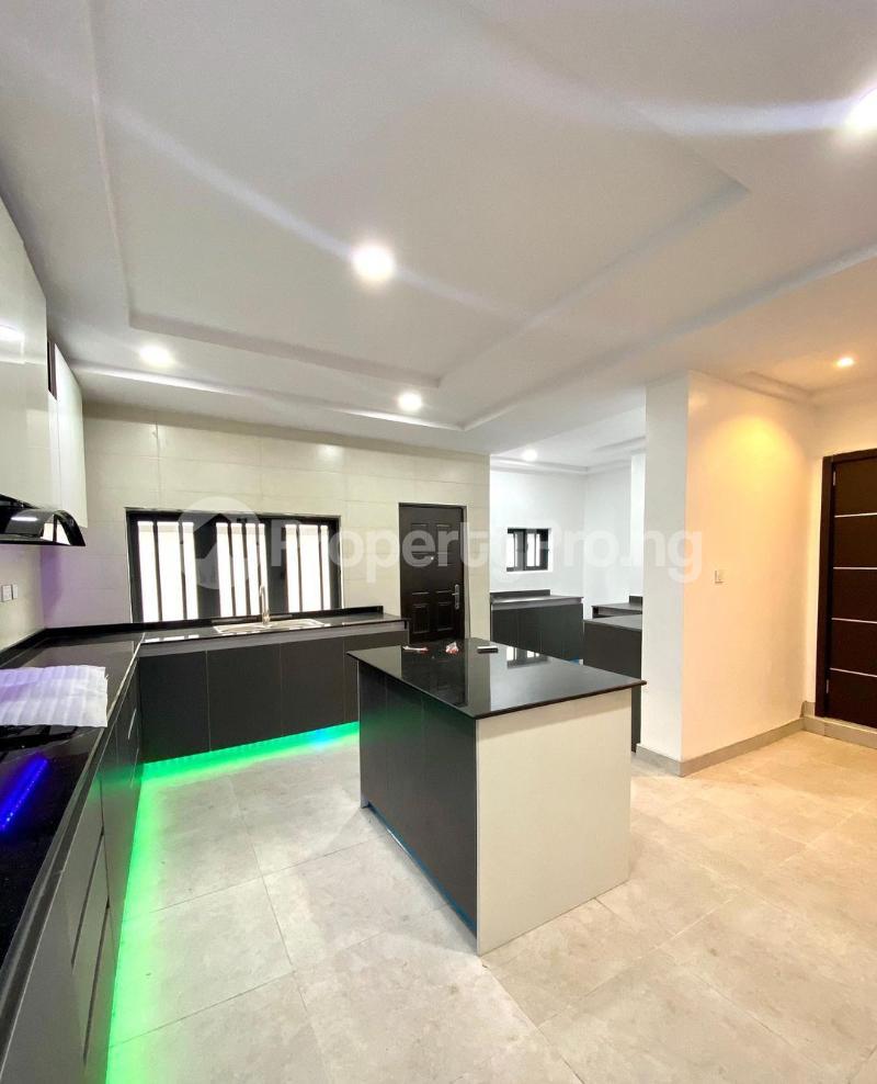 4 bedroom Detached Duplex House for sale chevron Lekki Lagos - 3
