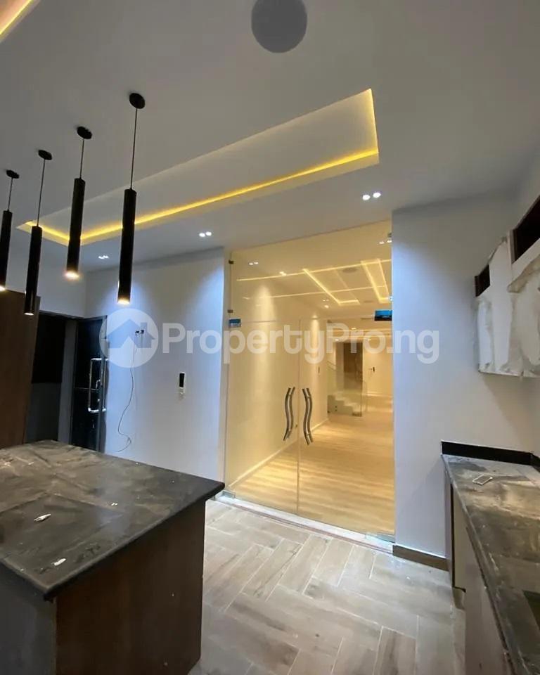 4 bedroom Detached Duplex for sale Lakeview chevron Lekki Lagos - 3