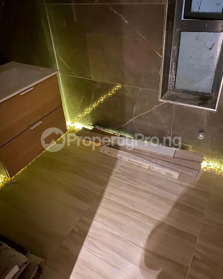 4 bedroom Detached Duplex for sale Lakeview chevron Lekki Lagos - 4