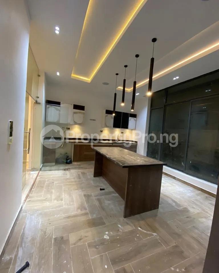 4 bedroom Detached Duplex for sale Lakeview chevron Lekki Lagos - 6