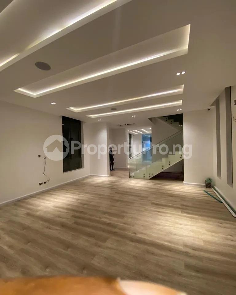 4 bedroom Detached Duplex for sale Lakeview chevron Lekki Lagos - 1
