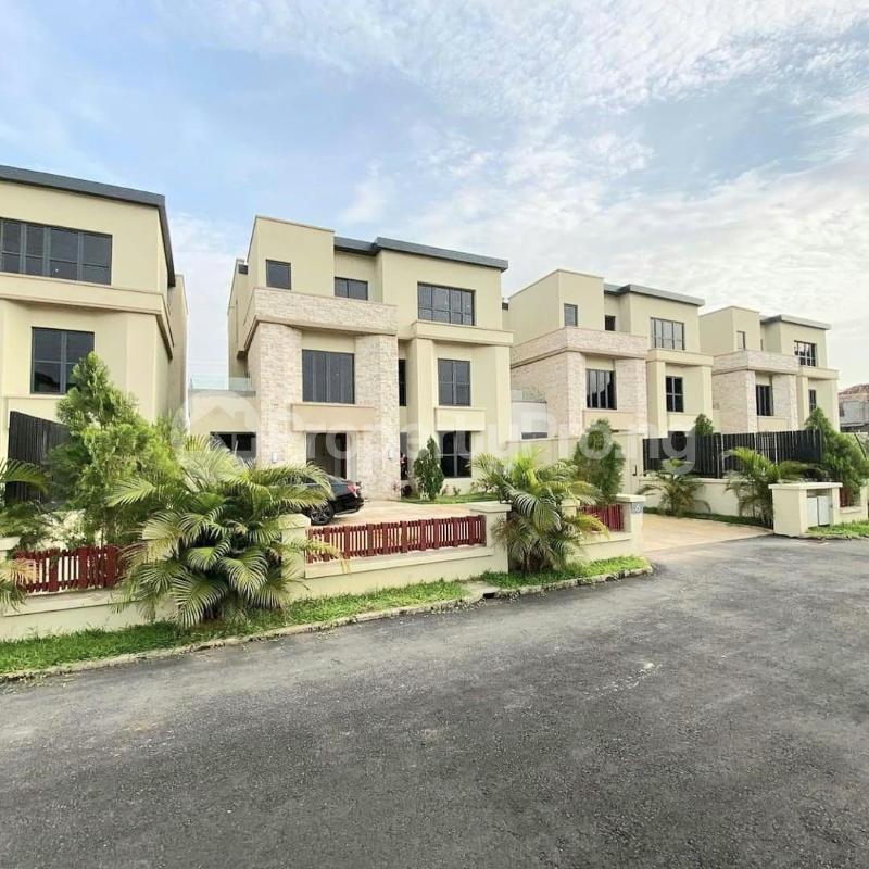 5 bedroom Detached Duplex for sale Katampe Main Abuja - 0