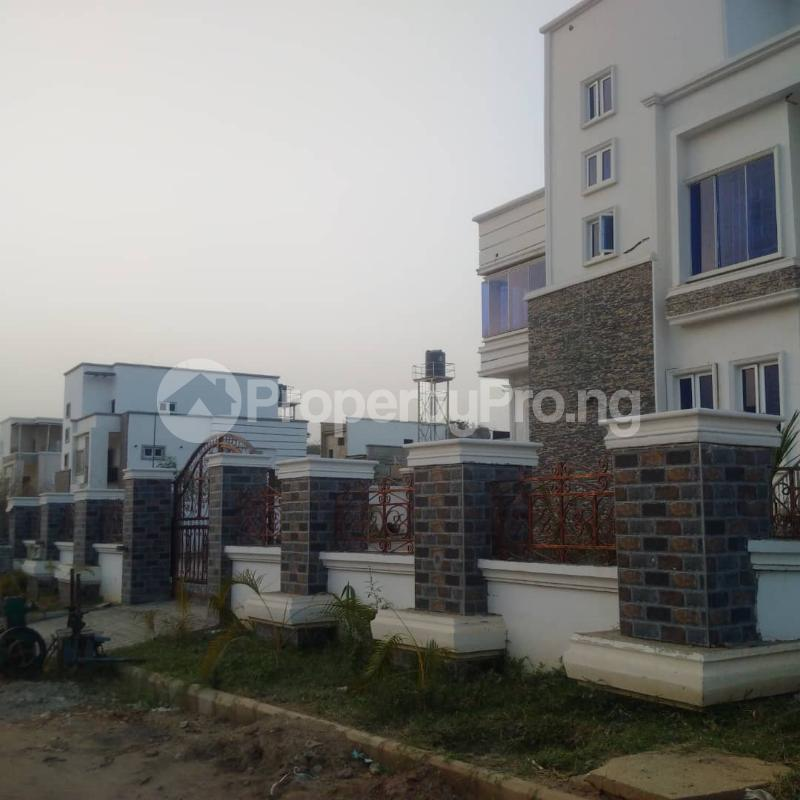 5 bedroom Detached Duplex House for sale Well secured estate at guzape, Abuja. Guzape Abuja - 8