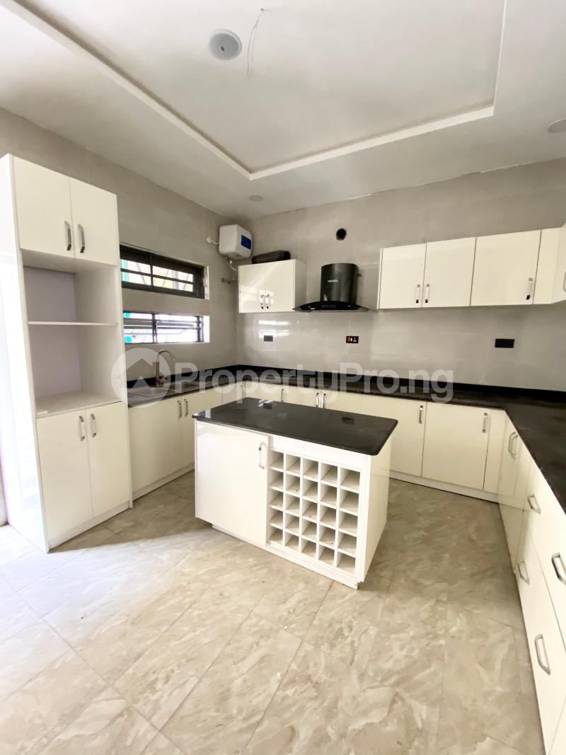 4 bedroom Terraced Duplex House for sale Idado Lekki Lagos - 4